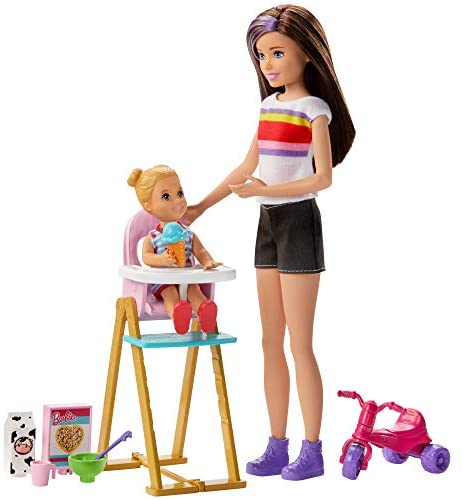 ​Barbie Skipper Babysitters Inc. Feeding Playset with Babysitting Skipper Doll, Toddler Doll with Feeding Feature, High Chair, Tricycle and Food-Themed Accessories for Kids 3 to 7 Years Old