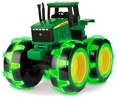 John Deere Monster Treads Lightning Wheels Tractor, Green (46434)